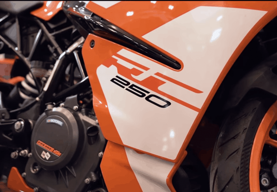 KTM RC 250 : Specification and most Amazing Features